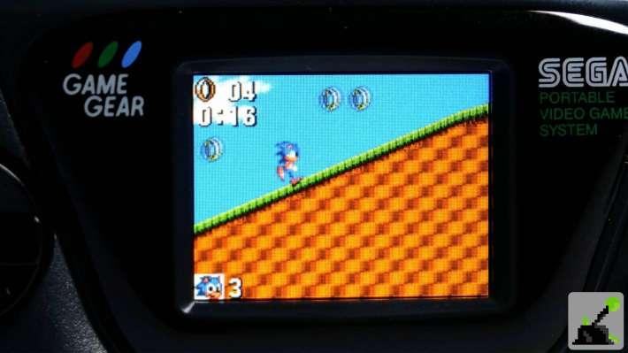 micro pantalla de engranajes de juego